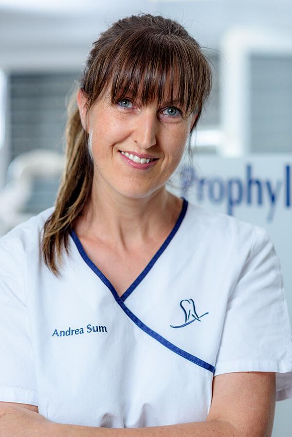 Zahnarzt Schiltach - Dr. Dietmar Jäckle - Team - Andrea Sum